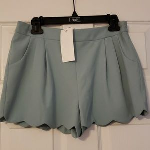 NWT scalloped shorts